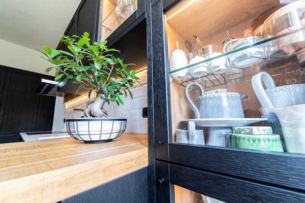 1-gandossi-arredamenti-progetto-black-kitchen-galleria-2